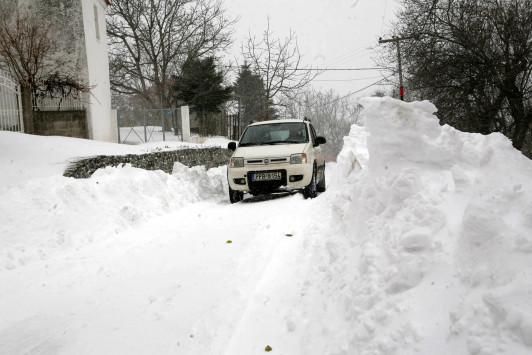 Καιρός: Χιονιάς και χαμηλές θερμοκρασίες την Πέμπτη