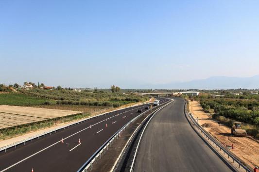 Ολυμπία Οδός: Στην κυκλοφορία 9 χιλιόμετρα μεταξύ Κιάτου και Ξυλοκάστρου