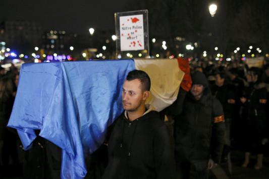 Γαλλία: 650 εκατομμύρια ευρώ η `χασούρα` λόγω τρομοκρατίας στα ξενοδοχεία!