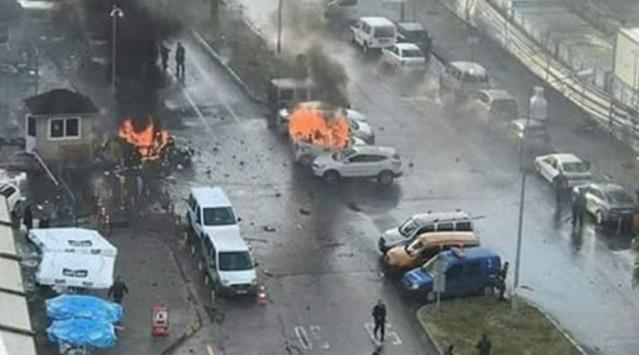 Μεγάλη έκρηξη κοντά στα δικαστήρια στη Σμύρνη! Πληροφορίες για δύο νεκρούς