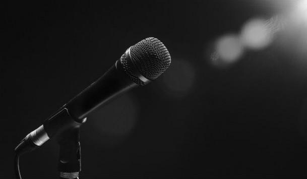 Δύσκολες ώρες για πασίγνωστη Ελληνίδα τραγουδίστρια - Η περιπέτεια υγείας που πέρασε