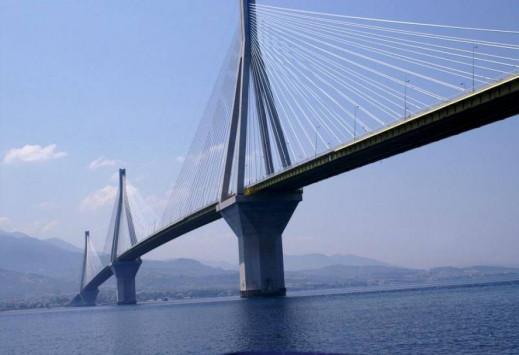 Καιρός: Ο χιονιάς `μαστιγώνει` τη Δυτική Ελλάδα! Κλειστό ένα ρεύμα στη γέφυρα Ρίου - Αντιρρίου