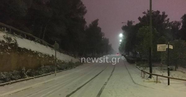 Καιρός: Πού έχει διακοπεί η κυκλοφορία λόγω χιονιά