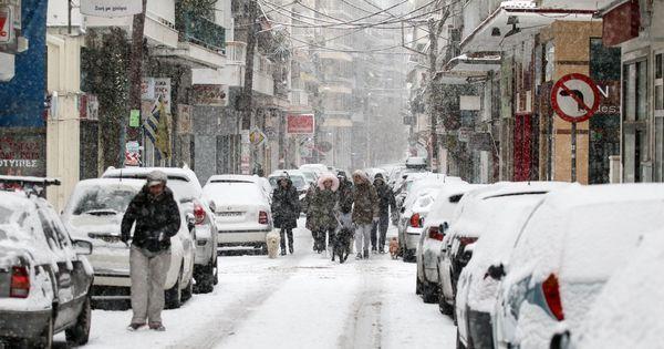 Καιρός: Νέα χιονόπτωση στη Θεσσαλονίκη - Το σχέδιο έκτακτης ανάγκης του ΟΑΣΘ!