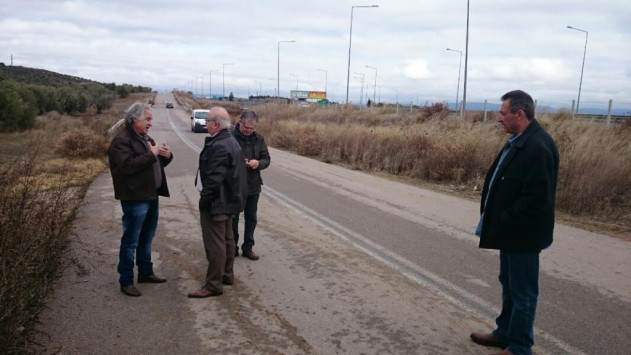 Χαλκίδα: Ο δήμαρχος εμπόδισε τις πρώτες εργασίες για τα διόδια [vid]
