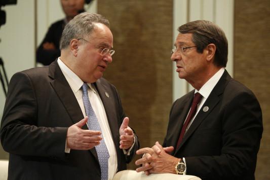 Οι Κύπριοι της Ευρώπης αποθεώνουν Κοτζιά και αδειάζουν Αναστασιάδη!