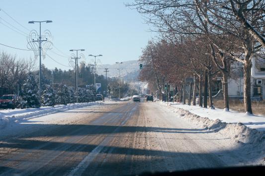 Καιρός: Χιόνια και την Παρασκευή! Πού θα έχει παγετό