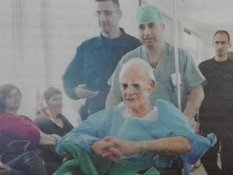 Σε άθλια κατάσταση ο Άκης Τσοχατζόπουλος – `Οι φλέβες του σπάνε, αιμορραγεί, οι κοριοί του πίνουν το αίμα`