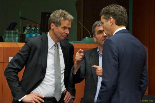 Εκτάκτως στις Βρυξέλλες ο Τσακαλώτος!