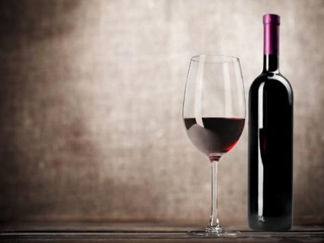 """Ευρωπαίος αξιωματούχος: Η αξιολόγηση δεν είναι κόκκινο κρασί! """"Το Eurogroup θα είναι σύντομο"""""""