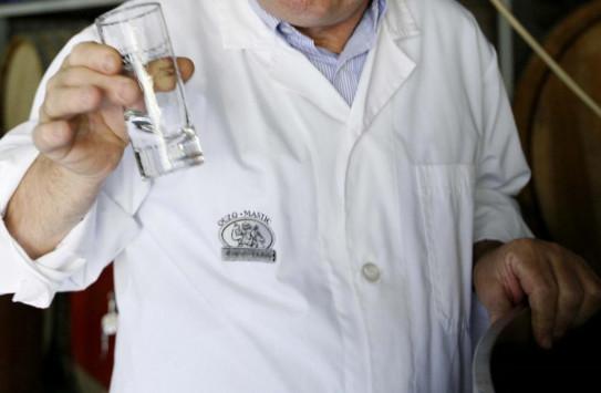 Μυτιλήνη: Το κλειστό επί χρόνια `Καφέ Κρυστάλ` θα μυρίσει και πάλι ούζο