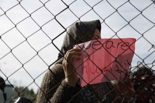 Βόρειο Αιγαίο: Μειώνονται συνεχώς οι εγκλωβισμένοι πρόσφυγες και μετανάστες - Τι δείχνουν τα στοιχεία...