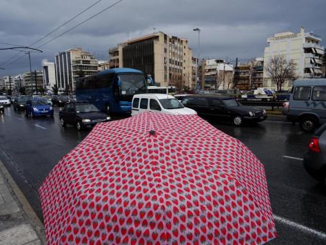 Καιρός: Δεν λέει να φύγει ο Χειμώνας! Έρχονται βροχές και καταιγίδες [χάρτες]