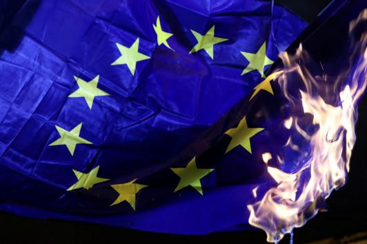 Spiegel: Να προετοιμαζόμαστε για την έξοδο από το ευρώ Ολλανδίας, Ιταλίας, Γαλλίας
