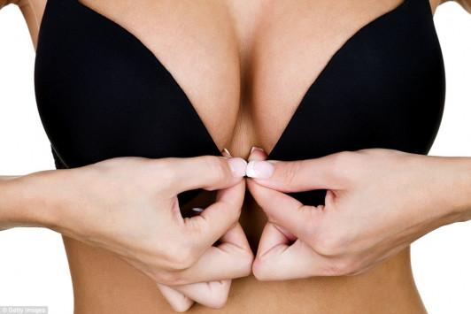 Ύμνος στο στήθος: 9 μοναδικές αλήθειες για να σας πέσει το σαγόνι… [vid]