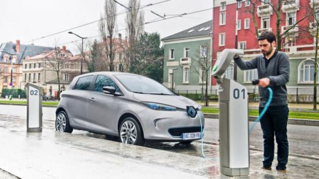 Η Γαλλία είναι πλέον η πρώτη ευρωπαϊκή χώρα στην ηλεκτρική αυτοκίνηση