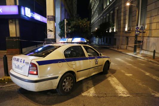 Μεγάλη επιχείρηση για κύκλωμα νομιμοποίησης μεταναστών - Εμπλέκονται αστυνομικοί, συμβολαιογράφοι και δημόσιοι υπάλληλοι