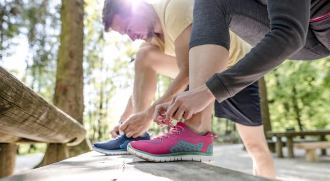 Αθλητικά παπούτσια: Πώς να διαλέξετε τα κατάλληλα για εσάς [vid]