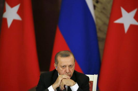 Απανωτά `χαστούκια` Τραμπ σε Ερντογάν - Πρώτα ταξιδιωτική οδηγία και μετά σύλληψη του `ταμία` του!