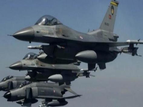 Μπαράζ τουρκικών παραβιάσεων στο Αιγαίο τη `μαύρη μέρα` της Πολεμικής Αεροπορίας