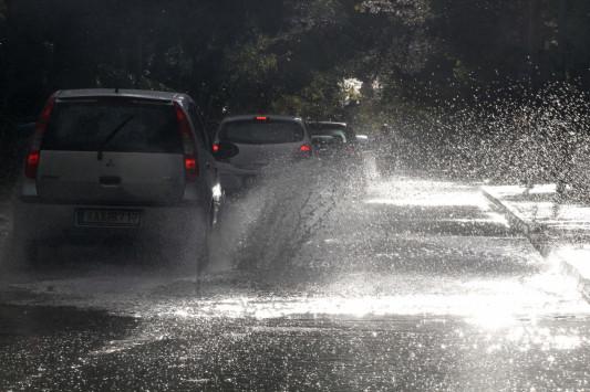 Καιρός: Έκτακτο δελτίο επιδείνωσης – Έρχονται βροχές, καταιγίδες και χαλαζοπτώσεις - Που θα χτυπήσει η κακοκαιρία
