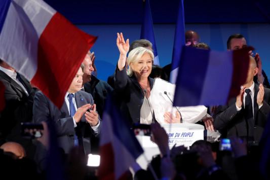 Εκλογές Γαλλία LIVE - Τα πρώτα επίσημα αποτελέσματα: Λε Πεν 24,38%, Μακρόν 22,19% - Σοβαρά επεισόδια στο Παρίσι