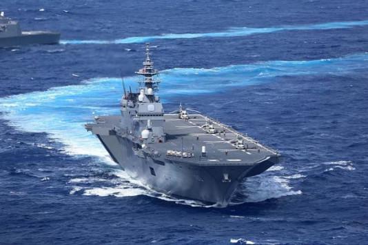 Γιατί η Ιαπωνία στέλνει το μεγαλύτερο πολεμικό της πλοίο στο πλευρό των Αμερικανών