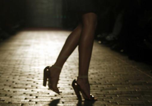 Πρέβεζα: Η γκαρσονιέρα των οργίων - Διαλύθηκε ο γάμος με σκηνές απείρου κάλλους!