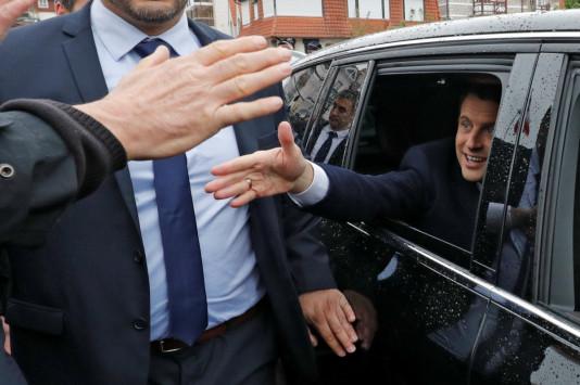 Γαλλία - Εκλογές Live: Τα πρώτα exit polls! Σαρώνει ο Μακρόν, σχεδόν 70% το ποσοστό του!