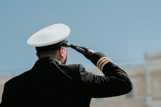 Ανατροπή στους μισθούς Στρατού, Αστυνομίας, Λιμενικού και Πυροσβεστικής
