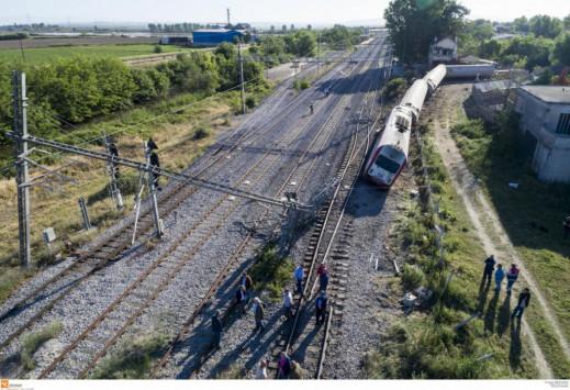 Εκτροχιασμός τρένου: Μια λογομαχία μπορεί να προκάλεσε την τραγωδία! Η μαρτυρία - φωτιά