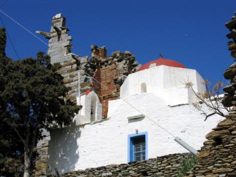 Το νησί-θησαυρός μία ώρα από την Αθήνα, που οι περισσότεροι αγνοούν!