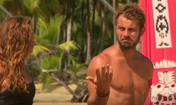 Survivor τρέιλερ! Αγγελόπουλος καρφώνει Βαλαβάνη: Βοηθάει λιγότερο από όλους! [vid]