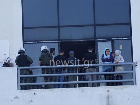 Εκκένωση Ελληνικού: Τέλος καλό... όλα καλά - Μεταφέρθηκαν οι πρόσφυγες