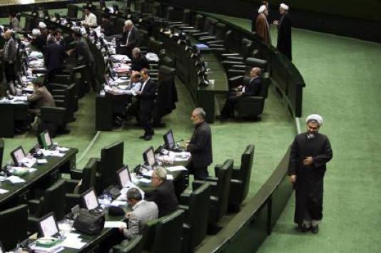 Ιράν: Πυροβολισμοί στη Βουλή και το μαυσωλείο του Αγιατολάχ Χομεϊνί