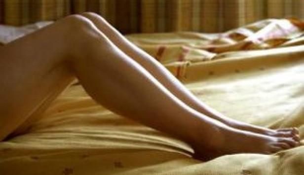 Χαλκίδα: Ροζ σκάνδαλο στο συζυγικό κρεβάτι - Τους τσάκωσαν λόγω βροχής και έγινε το έλα να δεις!
