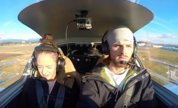Πρόταση γάμου στο ελικόπτερο. Της είπε ότι έχασε τον έλεγχο της πτήσης!