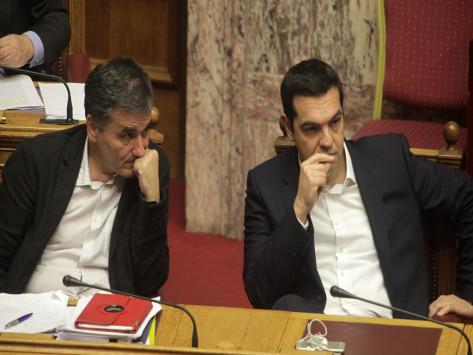 Eurogroup Live: Οι φυτιλιές Σόιμπλε για την συμφωνία και τα `καρφιά` Τσίπρα