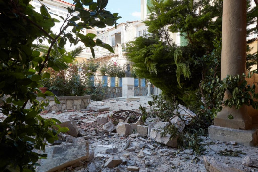 Λέσβος: Συνεχίζονται οι Πανελλήνιες την Δευτέρα - Επιπλέον ποσοστό στα ΑΕΙ για τους σεισμόπληκτους μαθητές