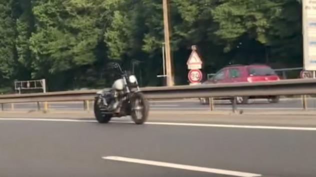 Αναβάτης φάντασμα ή η πρώτη αυτόνομη μοτοσικλέτα; [vid]