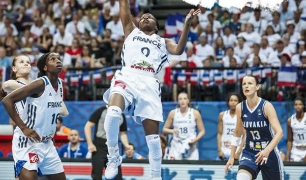 Εθνική γυναικών: H Γαλλία το `εμπόδιο` για τον τελικό του Eurobasket