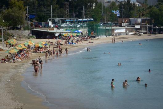 Έκλεβε λουόμενους σε παραλία της Βουλιαγμένης