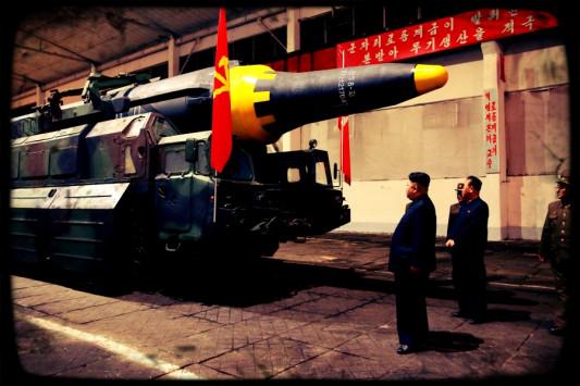 Παγκόσμιος συναγερμός! Πόσο έτοιμος να ισοπεδώσει τις ΗΠΑ με πυρηνικά είναι ο Κιμ Γιονγκ Ουν;