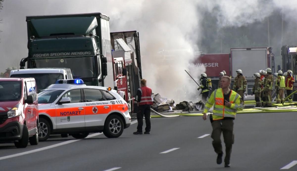 bus3 Τραγωδία στην Γερμανία: Πολλοί νεκροί στο τροχαίο με το τουριστικό λεωφορείο