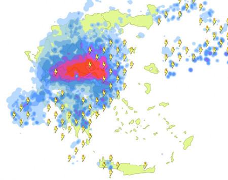 Καιρός: Η `Μέδουσα` θα `χτυπήσει` και την Αττική! Ισχυρές καταιγίδες τις επόμενες ώρες