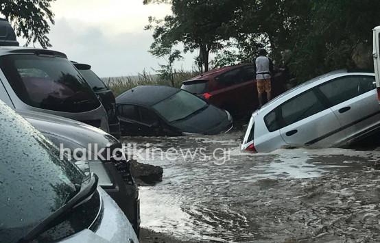 Καιρός: Νέες εικόνες χάους στη Σιθωνία της Χαλκιδικής - Πλημμύρες και καταστροφές [pics]