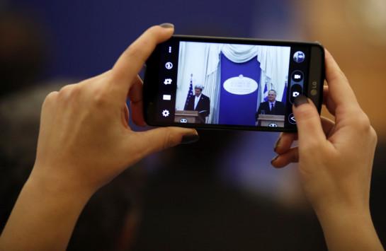 Σάλος από την επιβολή φόρου στα smartphone και στα tablet!