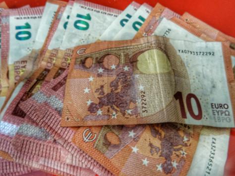 Νέα αύξηση στον φόρο μισθωτών και συνταξιούχων