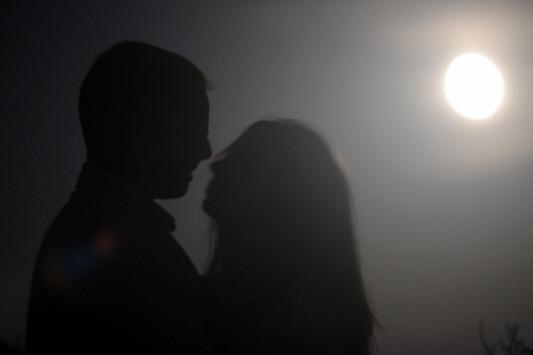 """""""Σκάνδαλο"""" στα Τρίκαλα! Το ερωτικό ζευγάρι που κάνει την αστυνομία να τρέχει"""