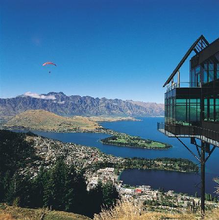 SKYLINE, στο Κουινσταουν στη Νεα Ζηλανδία